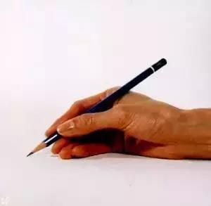 八种错误握笔姿势-直线型